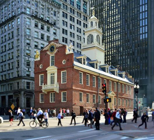 Old state museum Boston | Go Boston Pass