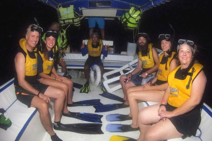 Moonlight Bio luminescence Snorkeling tour Cancun