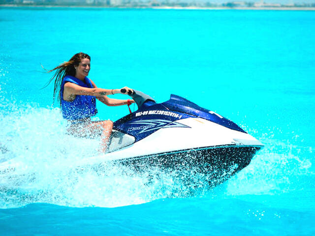 1 Hour Waverunner Rental Lagoonside Cancun