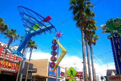Las Vegas Downtown Fremont Walking Tour