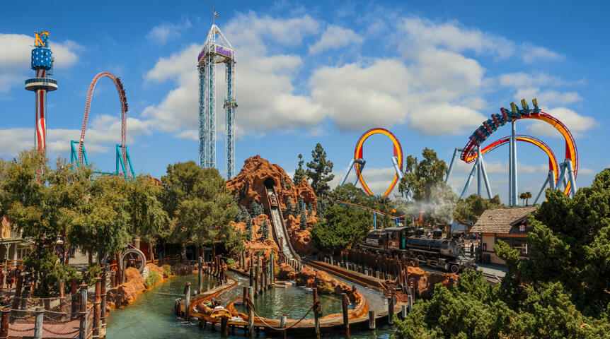 Knott's Berry Farm discounts admission | GO Los Angeles