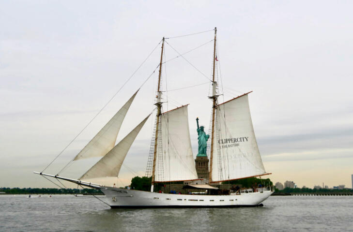 Clipper city Tall ship | New York Explorer Pass