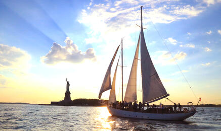 Shearwater Classic Schooner | New York Explorer Pass