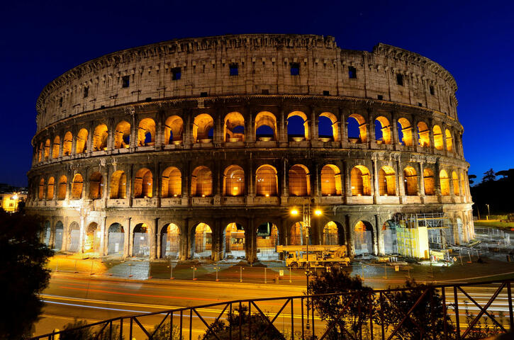 Colosseum, Palantine Hill and Roman Forum with Go Line Privileges
